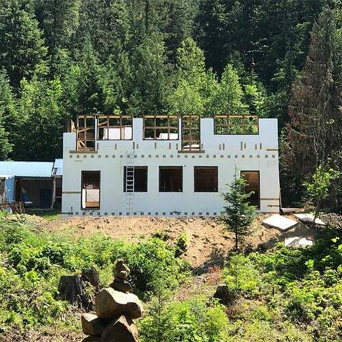 5-Stronghold-ICF-Insulated-Concrete-Forms-ICF-Block-Install-Residential-Build